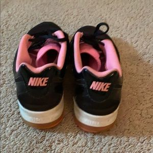 Nike Shoes - Nike Sneakers Size 9